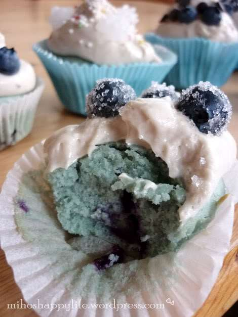 blue-berry-muffins-cupcakes-10